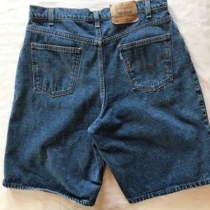 Vtg Men's 565 Levis Wide Leg Denim Jean Shorts